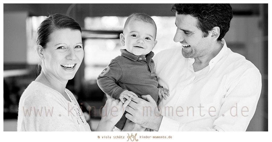 Kinderfotos-Familienfotografin-Muenchen-Kinderfotoshooting-natuerliche-Bilder-01