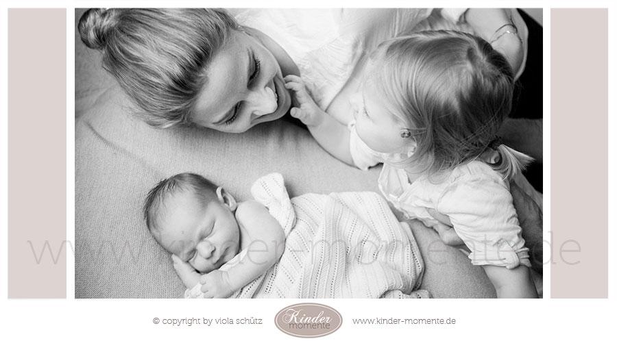 fotograf-fuer-neugeborene-familienfotograf-newborn-shooting-muenchen-02